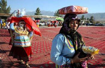 آداب و رسوم مردم همدان , فصل زمستان درهمدان