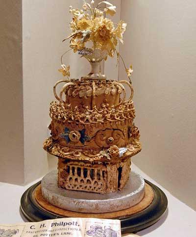 اولین کیک عروسی , کیک عروسی