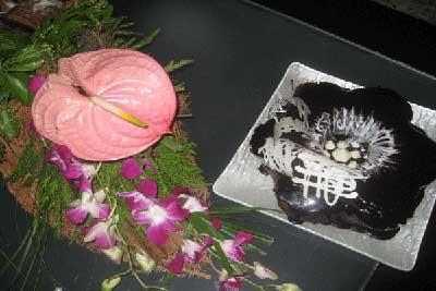 گل آرايي،گل آرايي براي عيادت بيمار ،گل آرايي يك سبك مدرن،ساخت دسته گل،هنر در خانه