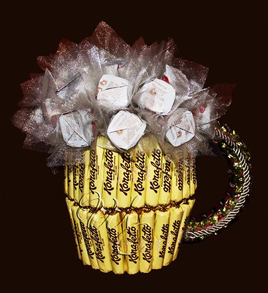 تزیین تولد با پفیلا تزیین شکلات به شکل گل