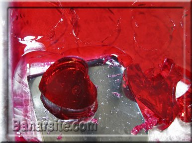 ژله شکل قلب ,طرز تهیه ژله قلبی, ژله به شکل قلب ,ژله تزریقی شکل قلب ,ژله تزریقی به شکل قلب,ژله خرده شیشه ,تزیین ژله, انواع ژله ,طرز تهیه ژله شکل قلب