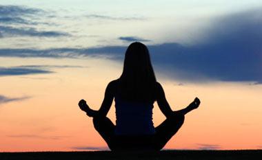 ورزش یوگا,درمان بیماریها به کمک ورزش یوگا,فواید یوگا
