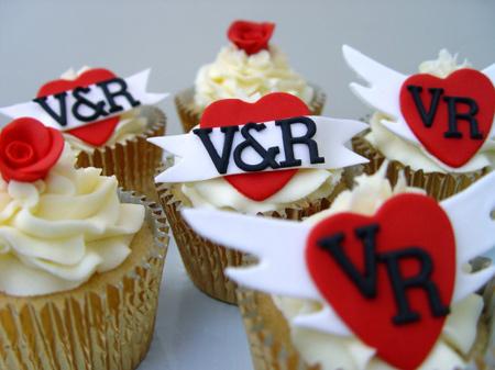 تزیین کاپ کیک به مناسبت ولنتاین, تزیین کیک و شیرینی ولنتاین