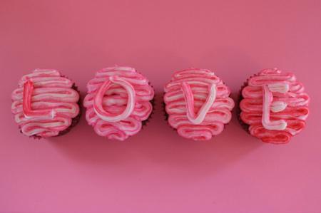 تزیین کیک و شیرینی ولنتاین,تزیین کاپ کیک به مناسبت ولنتاین