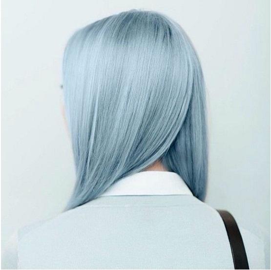آبی یخی رنگ موی زمستان امسال