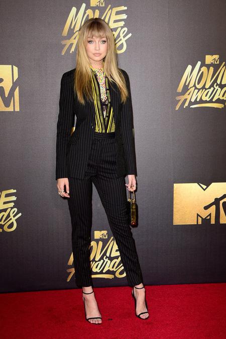 بدترین لباس ها در جایزه فیلم ام تی وی  MTV Movie Awards,بهترین و بدترین لباس ها در جایزه فیلم ام تی وی