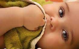 چه عواملي در رنگ مو ، پوست و چشم نوزاد اثر دارد؟